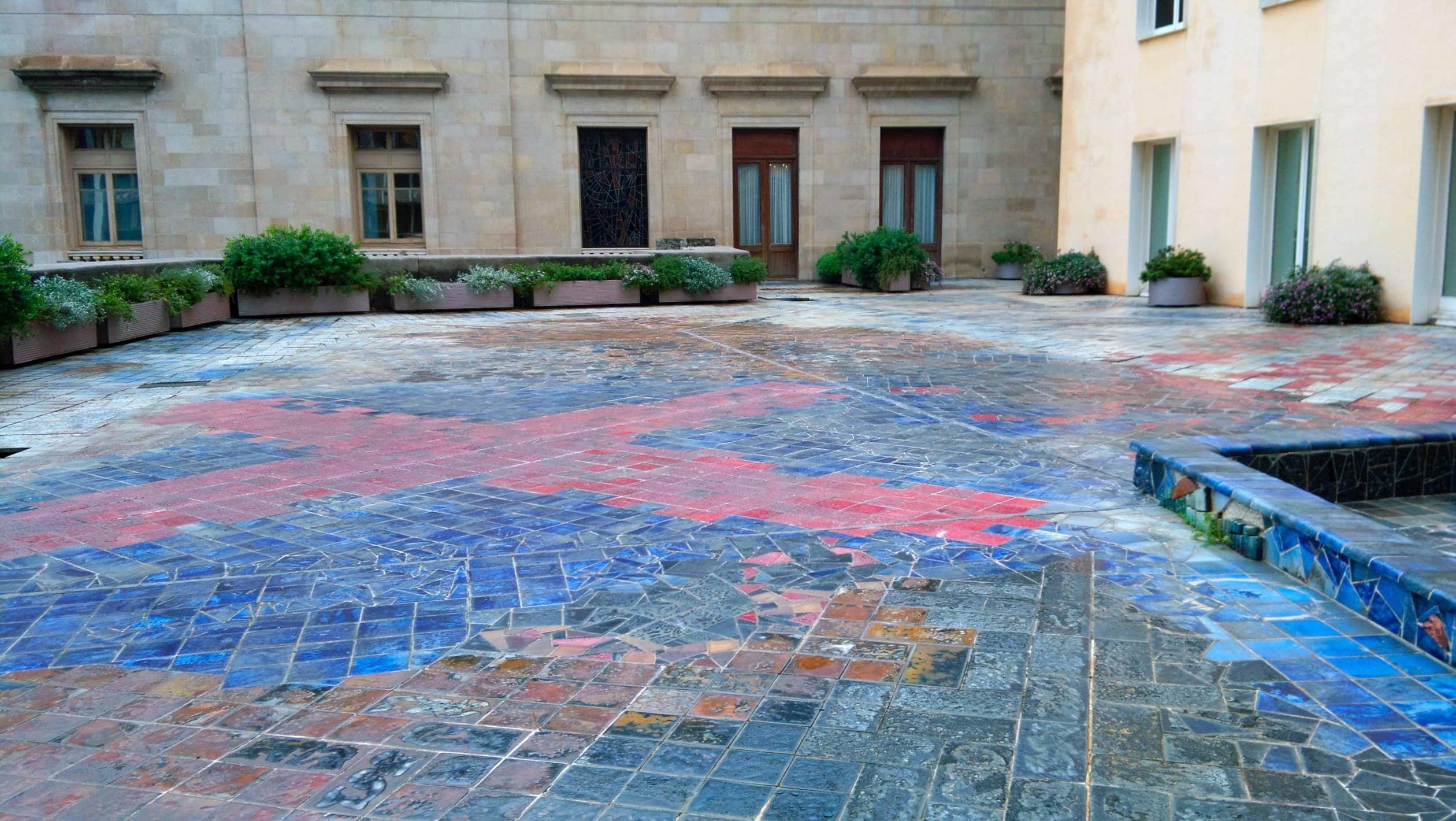Rehabilitación y restauración de la terraza artística del Ayuntamiento de Barcelona