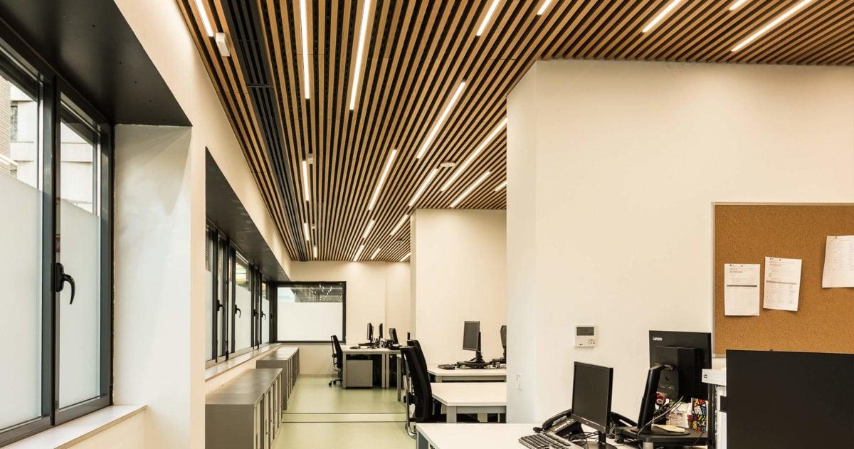 Diseño interior de las oficinas del EAIA - Disseny interior de les oficines de l'EAIA | 23:45 Arquitectes